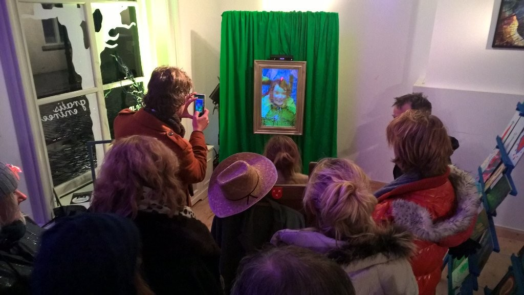 The Eye of Van Gogh - an interactive mirror